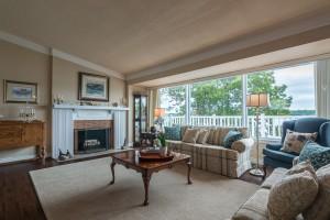 Living Room 4250 Bath Road