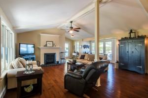 Living Room 279 North Shore