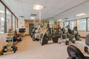 fitness-room-1000-king-st-w