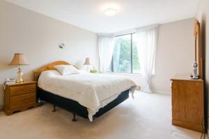 master-bedroom-205-1000-king