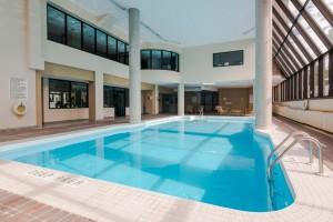 pool-1000-king-st-w